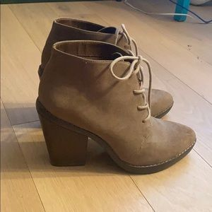 Steve Madden Ankle Boot Chunky Heel Pointed Toe